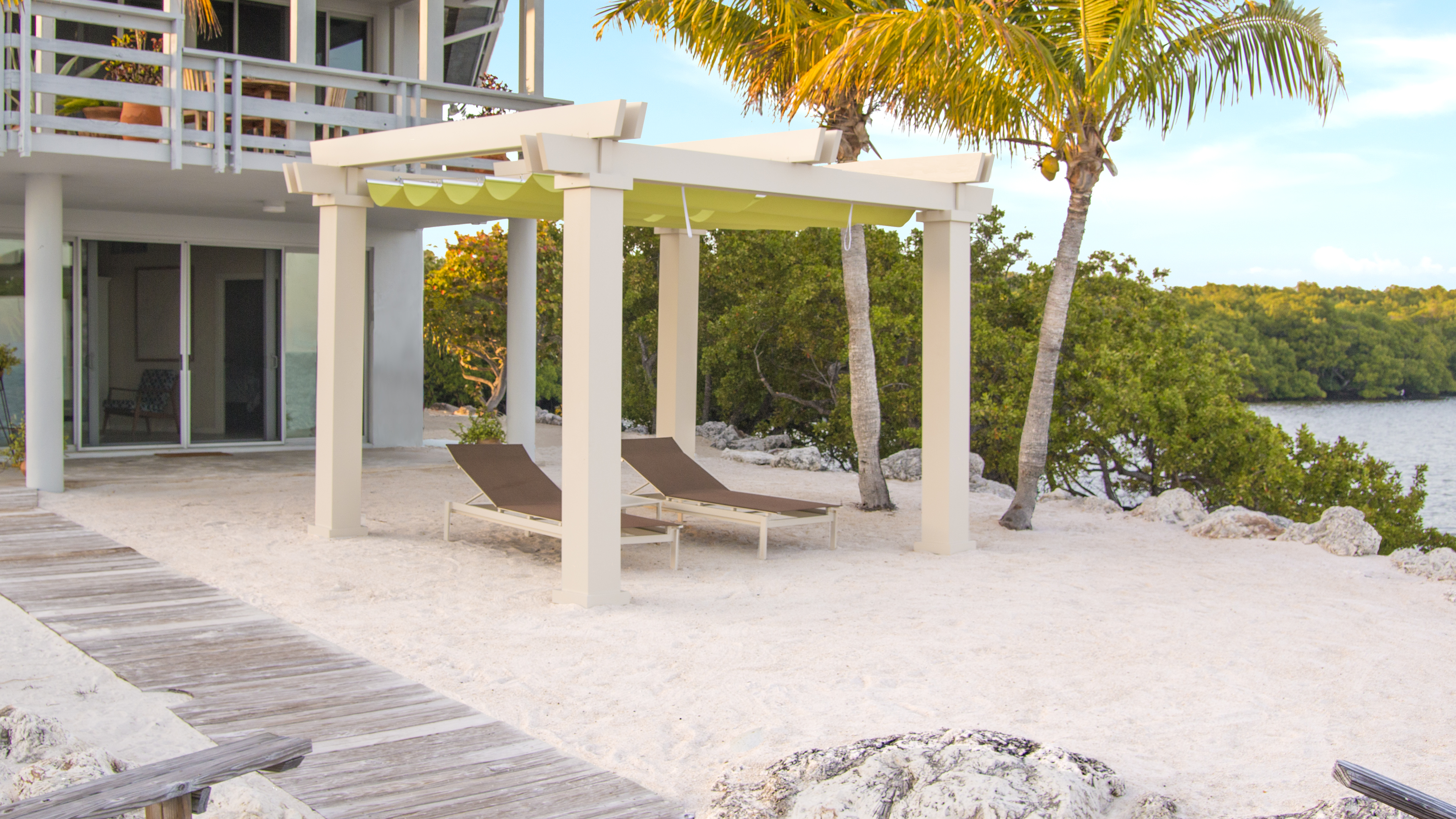 Havana Fiberglass Pergola Kit With Retractable Canopy