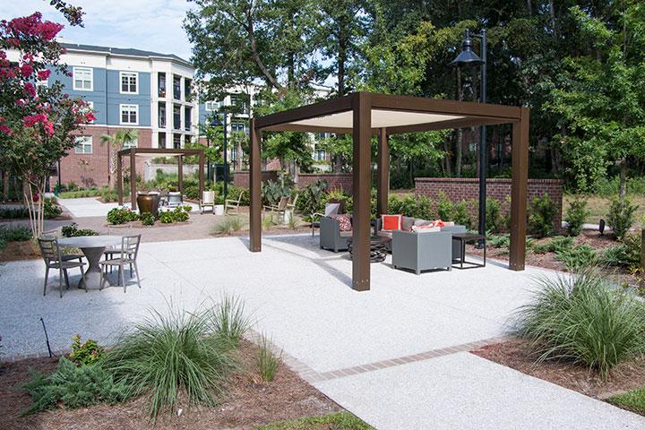 Commercial Aluminum Pergola Brown Jordan Structures